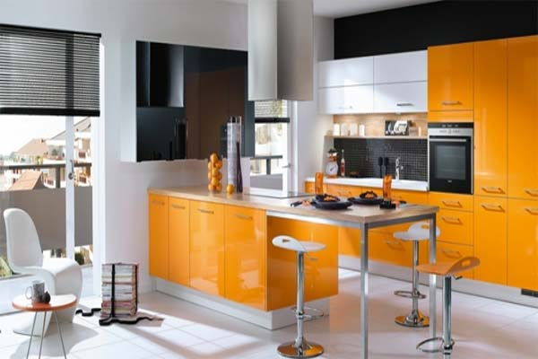 House designs orange kitchens color schemes for Perfect kitchen colours
